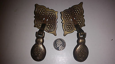 Lot (2) antique brass drawer pull Victorian Vintage Ornate Latch Knobs K272