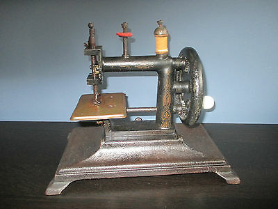 Early French antique cast iron children's  baby sewing machine 1880's