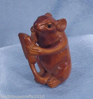 Japanese Netsuke Hand Carved Boxwood Rat Mouse No.7