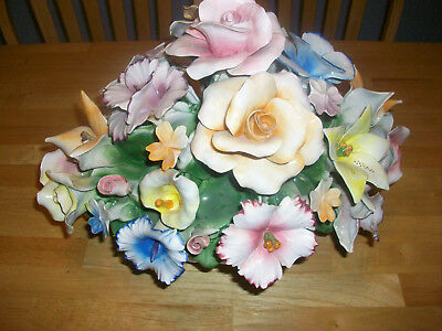 Vintage Large Capodimonte Flower Floral Centerpiece Very Nice Condition