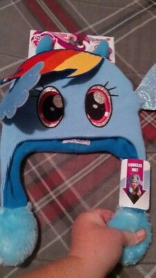 New My Little Pony Rainbow Dash Flipeez Squeeze  wings Hat! MSRP $14.99 NWT