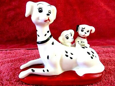 Attractive  Mother Dog  And Pups  Porcelain  Figurine