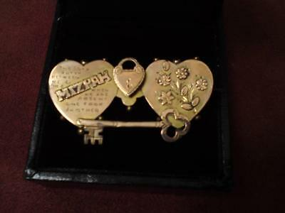 Antique Victorian 9ct rose gold Mizpah two hearts key padlock brooch