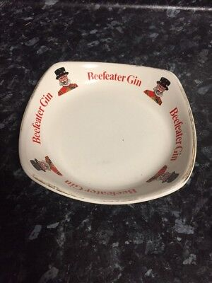 Vintage Beefeater Gin Plate/Ashtray.. Wade Regicor England