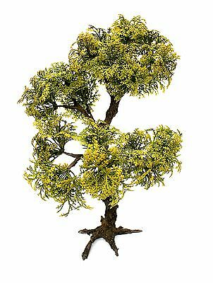New1/35 scale Model tree (plastic leaves). Realistic tree trunk. TMTP-007 26 cm.