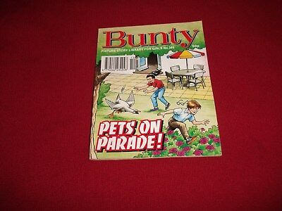 BUNTY  PICTURE STORY LIBRARY BOOK  from 1990's - never been read - vg condition!
