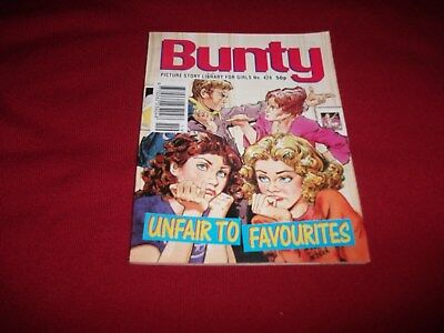 BUNTY  PICTURE STORY LIBRARY BOOK  from 1990's - never been read - ex condition!