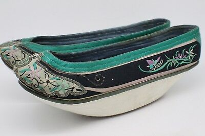 Antique Japanese Shoes Slippers  Embroidered ST165