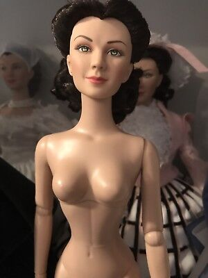 """TONNER GONE WITH THE WIND SCARLETT """"Shanty town """" NUDE DOLL"""
