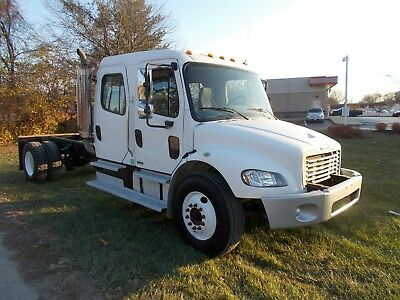 2005 Freightliner Crewcab Cab & Chassis Low Miles