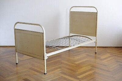 stahlrohr betten art deco 30er jahre bauhaus thonet top. Black Bedroom Furniture Sets. Home Design Ideas