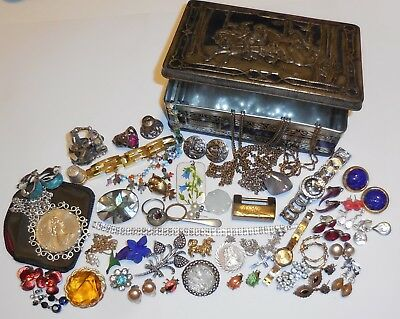 Job LOT Of VINTAGE Antique JEWELLERY Curios SILVER Brooches Necklaces Earrings