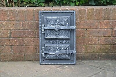 32 x 47 cm old cast iron fire / bread oven door/doors /flue/clay/range pizza