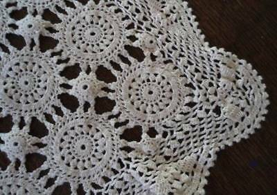 Vintage Crochet Lace Table Runner Medallions Snowflakes Winter White 54""