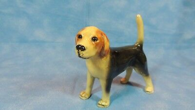 """Collectible Porcelain DOG - BEAGLE - So Cute - 4"""" high by 4 1/2"""" long"""