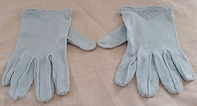 Vintage 1950s LIGHT BLUE Cotton Petit Pointe EMBROIDERED Short Day Gloves size 7