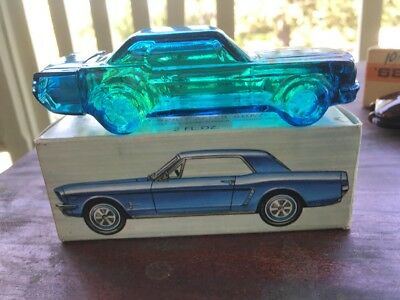 VINTAGE AVON Ford Mustang 1964        AFTERSHAVE DECANTER - Full - COLLECTABLE