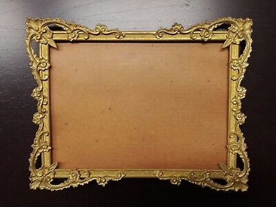 Antica cornice dorata in metallo 27,5 x 21 cm / Antique golden frame
