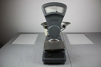Vintage Avery Shop Scales double sided displaying grammes grey