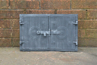 27.5 x 42.5 cm old cast iron fire bread oven door doors flue clay range pizza