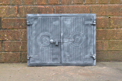 43 x 32.7 cm old cast iron fire bread oven door doors flue clay range pizza