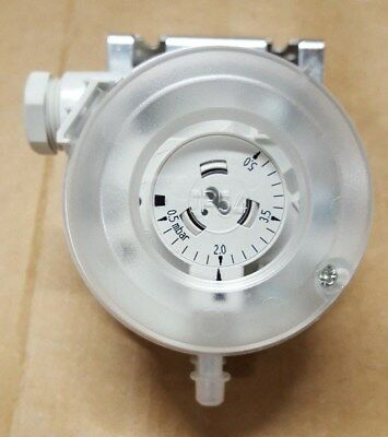 Sauter DDL 105 F001 Differential pressure Vacuum Overpressure Switch NIB NEW