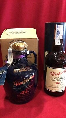 1 + 1 Whisky Glenfarclas 25 Years + 25 Years  Blue Decanter
