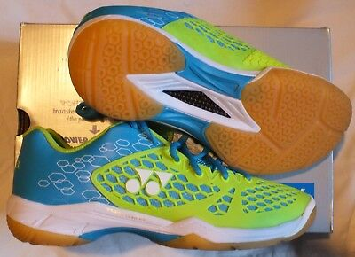 NEW Yonex Power cushion 03 size 9.5