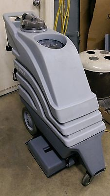 "Nobles / Tennant Boss 2000Le 20"" Carpet Extractor"