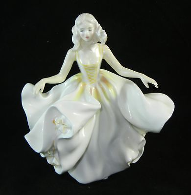 ROYAL DOULTON China Figurine Sweet Seventeen  HN 2734    1974