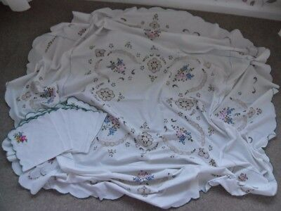 """Vintage Linen Embroidered Table Cloth. 7 Napkins. White Oval..64"""" x 63"""""""