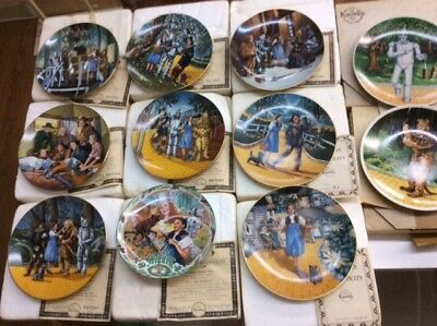 Lot of 17 THE WIZARD Of OZ COLLECTOR PLATES LIMITED ED KNOWLES W/ BOXES C.O.A