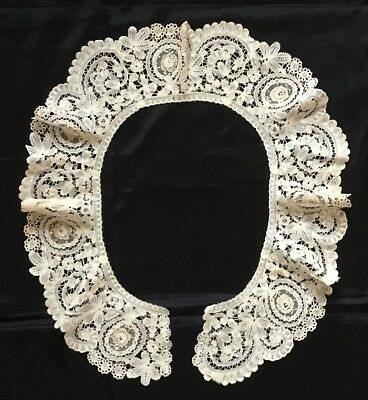 Pretty Antique Brussels Bobbin And Needlepoint Lace Large Collar.