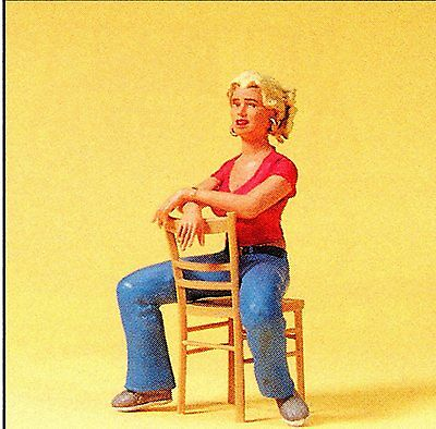 YOUNG WOMAN ON CHAIR SITTING 1:22,5 LGB Size Preiser 45508