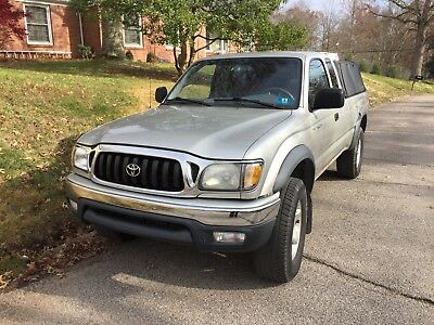2001 Toyota Tacoma  2001 Toyota Tacoma extended cab pickup with 6-cylinder engine and 4-wheel drive