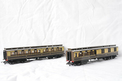 Hornby GWR Clerestory Coaches X2.
