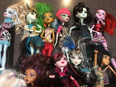 10 x Monster High Dolls and Accessories