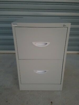 2 draws Filing Cabinet in excellent condition
