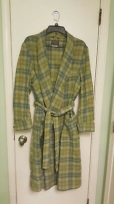 Great unique color. Gently Used, vintage Pendleton mens robe  ; LARGE