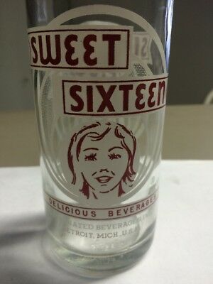 VINTAGE SWEET SIXTEEN SODA BOTTLE ACL GIRL GRAPHICS 16oz (RARE!) DETRIOT, MICH.