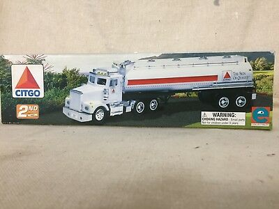 VINTAGE 1997 CITGO TANKER TRUCK with Working Lights and Engine Sounds