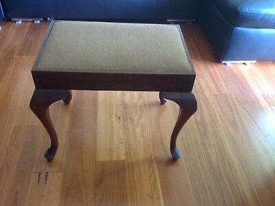 Vintage Queen Anne Style Bathroom Stool