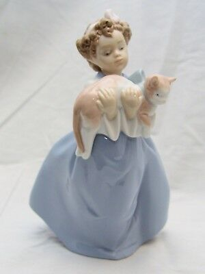 Lladró 'My Chubby Kitty' Figurine #6422- 1996 Issue, Pre-Owned