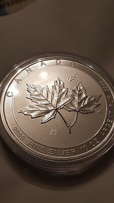 10oz 2017 mapleleaf coin. magnificent maple leaf. 9999 silver