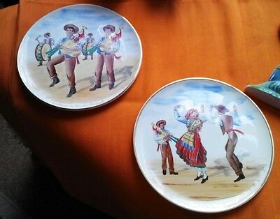 HACIENDA DECOR! VINTAGE RETRO COLLECTABLES:2 x 1950s Hand-painted Plates/Plaques