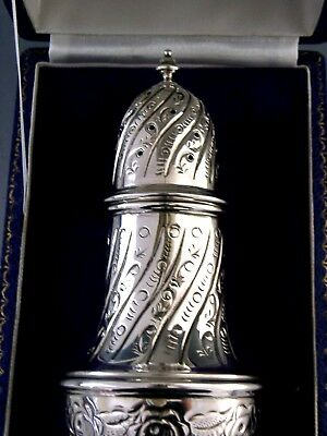 Quality Cased English Solid Sterling Silver Sugar Caster Shaker 1981 Mint
