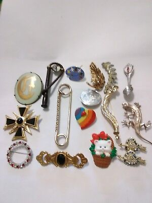 Large Lot of Vintage Costume Jewelry (46 Broaches, pins)