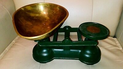 Vintage SALTER  Cast Iron KITCHEN SCALES With Set of Imperial Weights - No 601