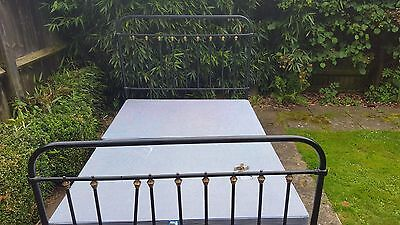 Antique Refurbished Iron Bed 4'6""