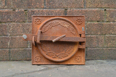 27.5 x 25 cm old cast iron fire bread oven door/doors /flue/clay/range/pizza